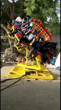 Fiber Round Frisbee Ride, For Amusement Park