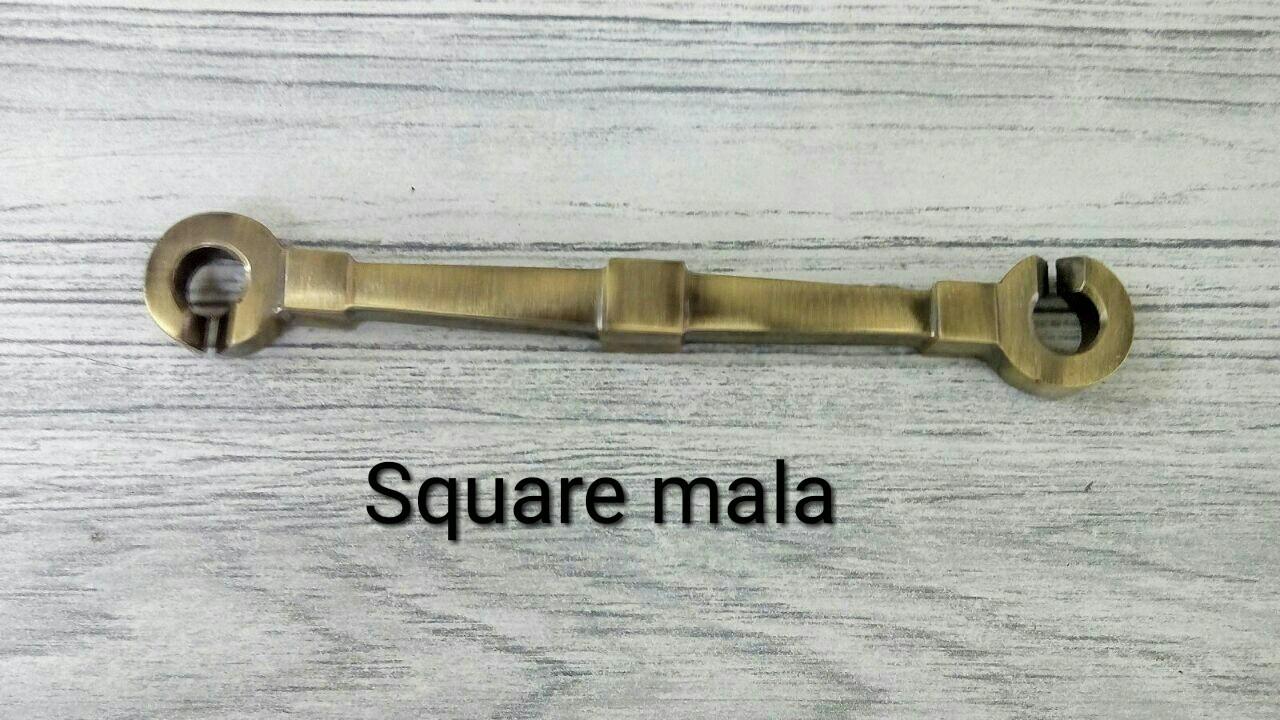 Brass Fancy Jhula Chain Square Mala
