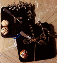 Cheese Plate With Leaf Broach & Knife