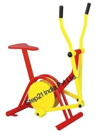 Iron Outdoor Bicycle Machine, Capacity: One Person