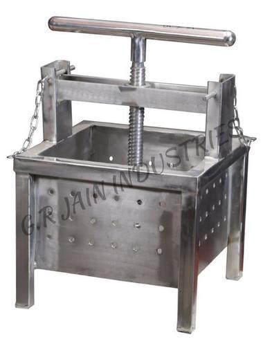 Paneer Pressing Machine