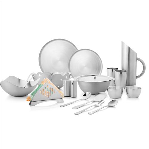 JSI 1909 Dinnerware