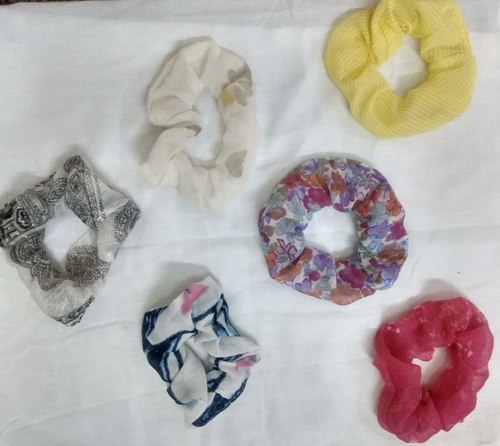 Printed Fancy Headband And Scrunches