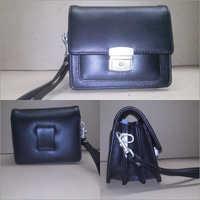 Navy Blue Ladies Leather Hand Bag