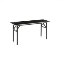 Banquet Table With Folding Legs