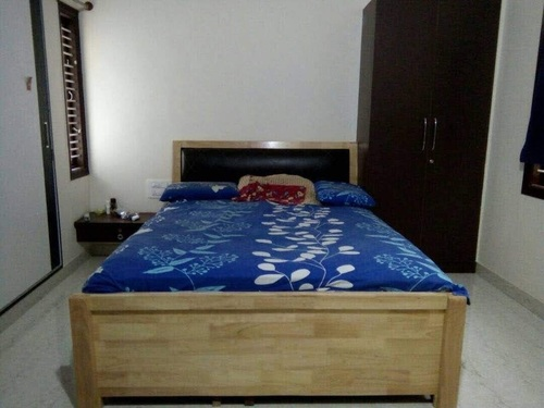 Queen/King Size Wooden Cot Bed (Solid Wood)
