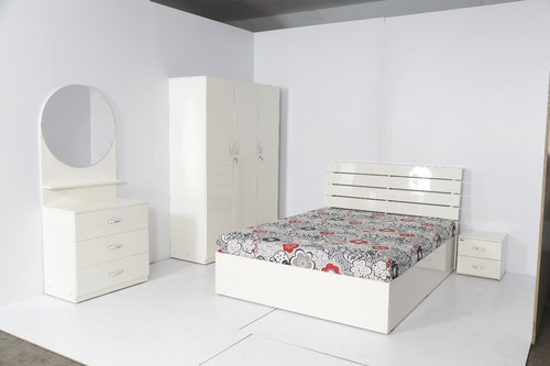 Queen/King Size High Glossy Finish Wooden Cot With Hydraulic Storage
