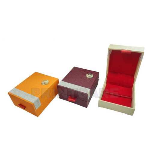 Pen Drive Box