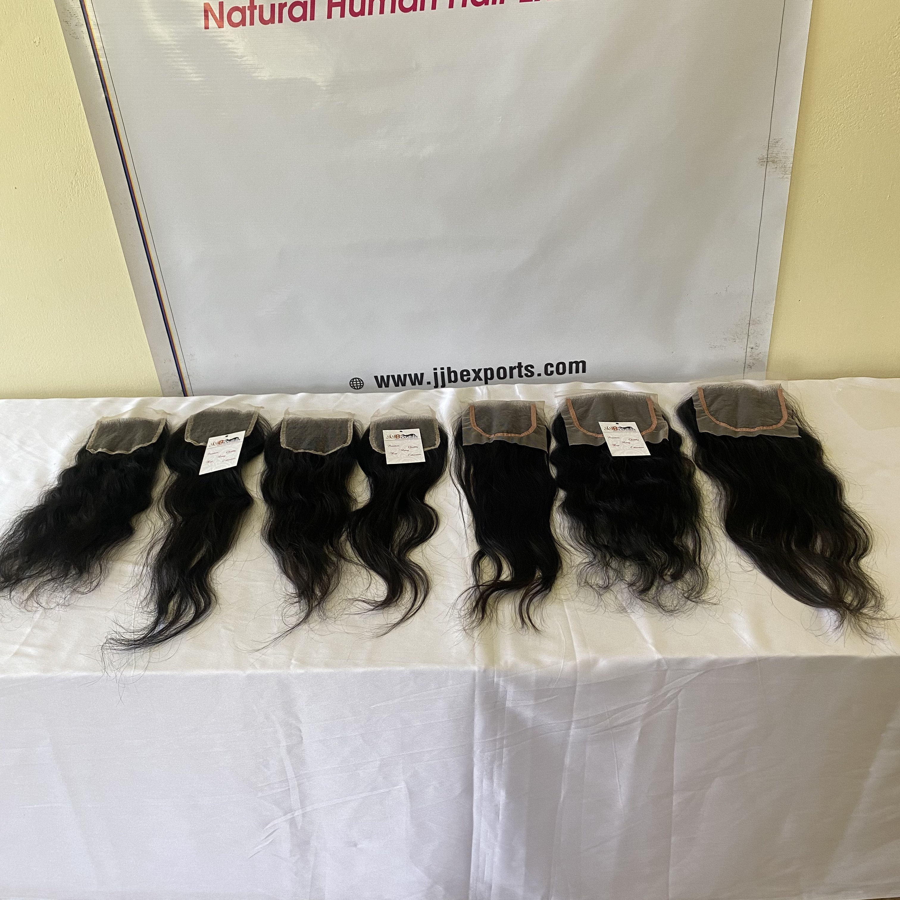 Soft And Shiny Peruvian 100% Virgin Remy Cuticle Aligned Human Hair With Hd Closure Frontal 4x4 13x4