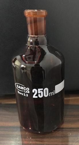 REAGENT BOTTLES AMBER, NARROW MOUTH, GRADUATED, WITH INTERCHANGEABLE FLAT HEAD STOPPER