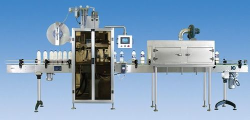 Sleeving and shrinking labeling machine