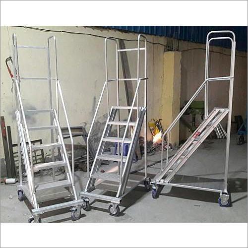 Fiberglass Trolley Step Ladder