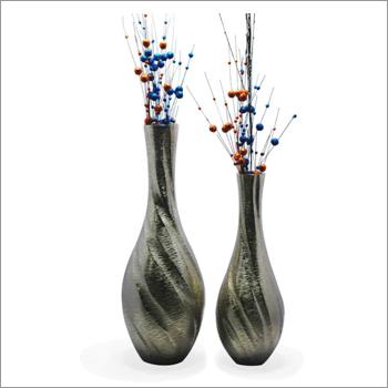 Flower Vase With Waves Design