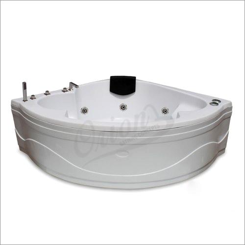 4.5 x 4.5 FT Acrylic Bathtub