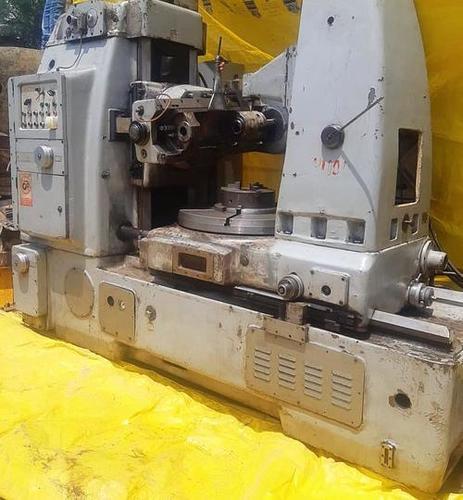 Cugir FD 800 Gear Hobbing Machine