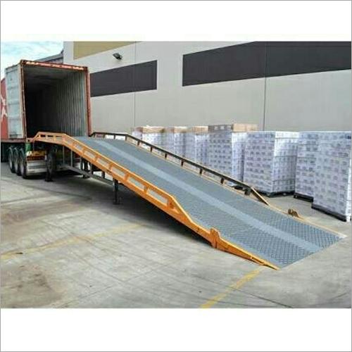Hydraulic Loading Ramp