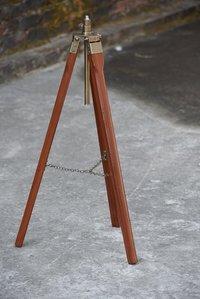 Vintage Look Floor Standing Wooden Tripod for Spot Light For Home Office Decor