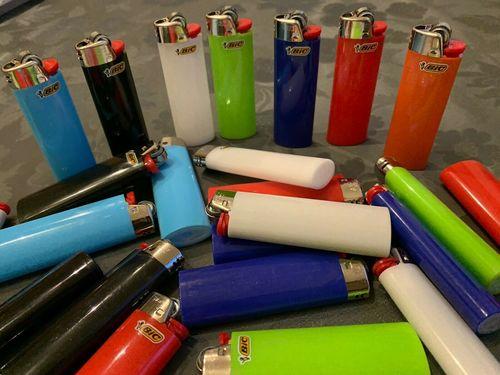 BIg Bic LIghter/ Gas Lighters/ Refillable Bic Lighters J25 J26