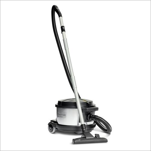 VP 930 Dry Vacuum Cleaner