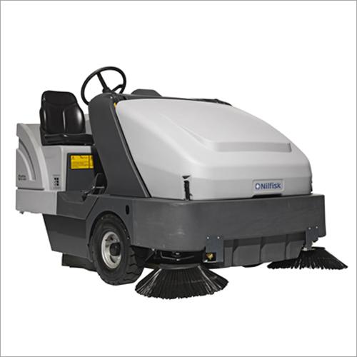 SR 1601 Ride On Sweeper Scrubber Dryer