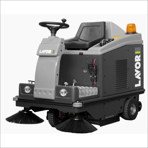 Swl R1000 Ride On Sweeper