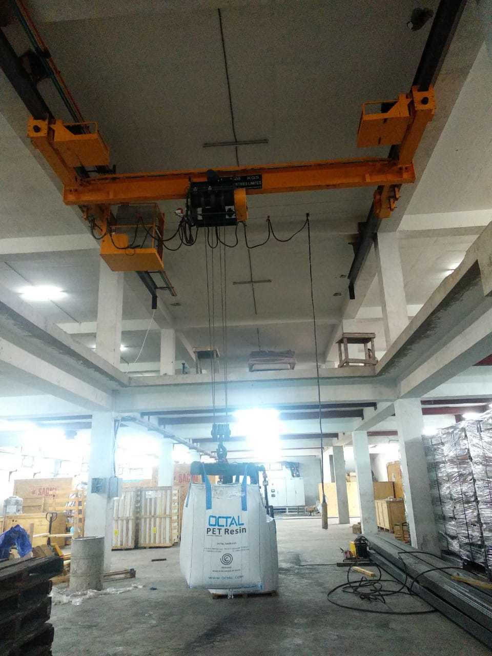 Underslung Type Single / Double Girder EOT Crane
