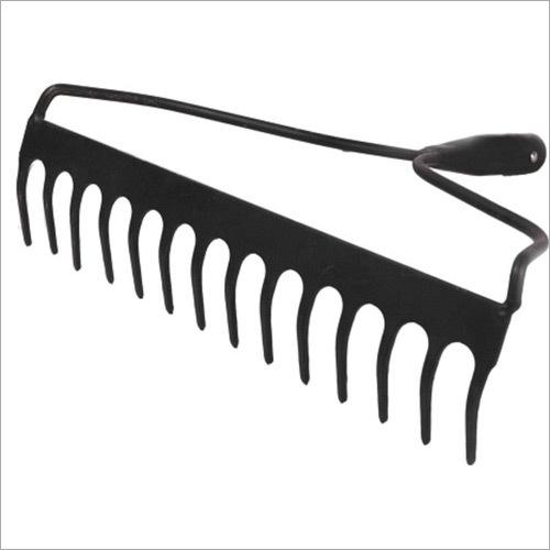 Garden Rake ( Bow Berrow )