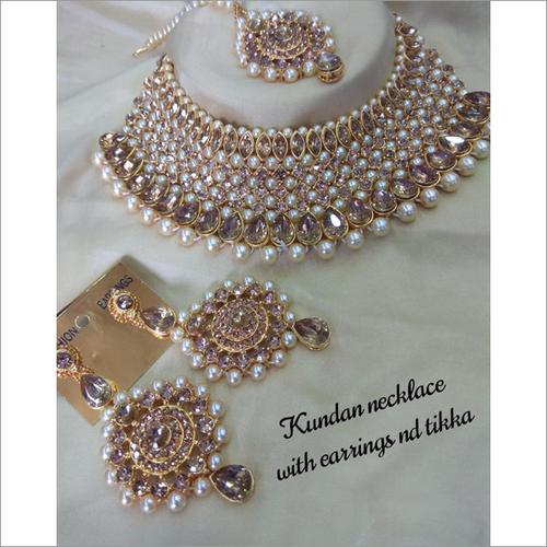 Kundan & Pearl Heavy Necklace Set With Maang Tikka Bridal Jewelry