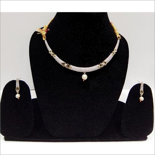 Pretty Rhinestone & Pearl Choker Necklace Set