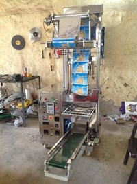 same pneumatic machine with pouch conveyor