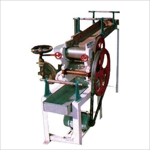 Semi Automatic Chowmein Making Machine