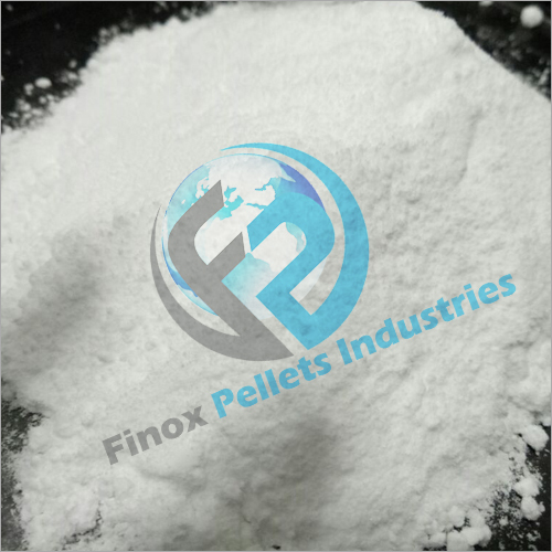 White Sodium Hydroxide Powder