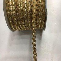 Ricrac sequence lace