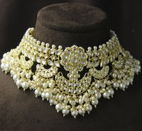 Traditional Design Kundan Gold Plated Choker Necklace Set