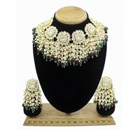 Gold Tone kundan & Pearl Traditional choker necklace and Earring set