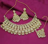 Wedding Collection White Color Choker Necklace Set