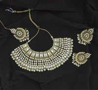 Traditional Indian Kundan White Color Choker Necklace Set