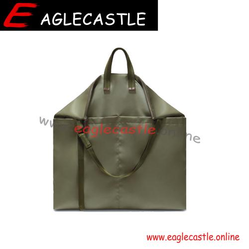 2021 Hot famous large bag Fashion hobo handbags for man