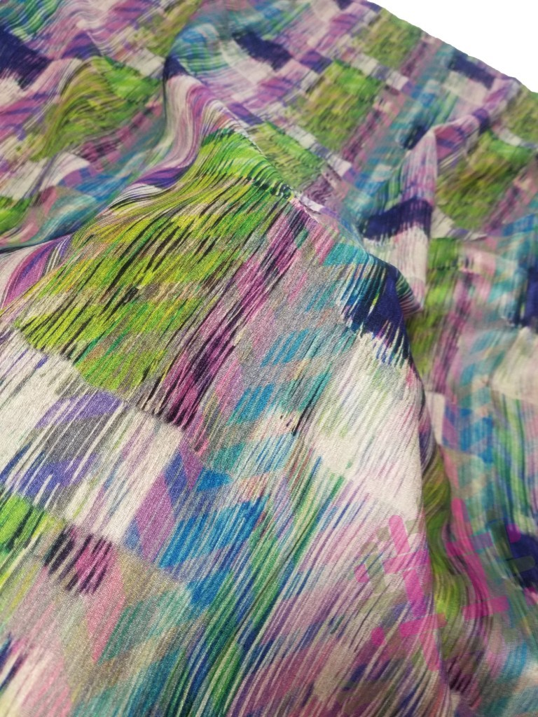 Fancy Sw 725/40 Digital Print Fabric For Women Clothing (2 Color Option)