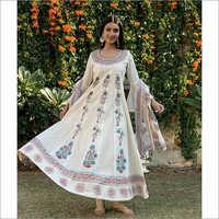 Ladies White Cotton Cambric Coordinated Set