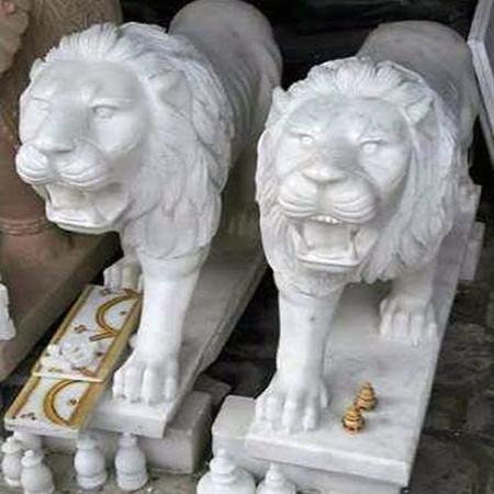 Twin Lion Statue