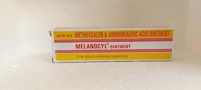 Methoxsalen & Aminobenzoic Acid Ointment