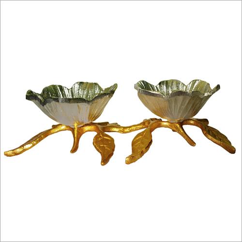 2 Aluminum Flower Bowl Set on Tree Leaves