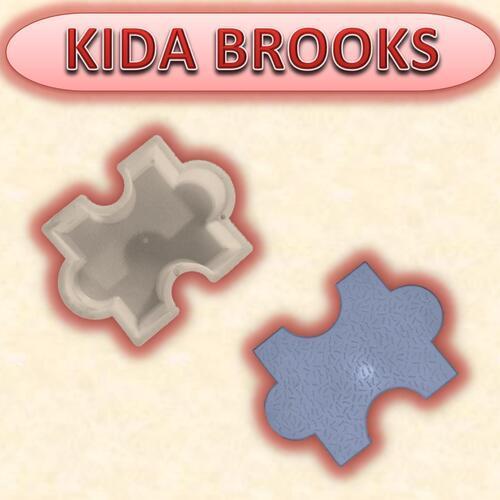 Kida Brooks Mould