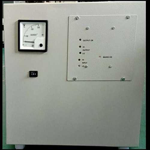 Relay base voltage stabilizer