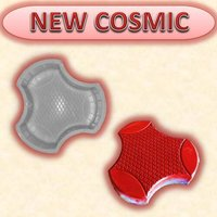 New Cosmic Mould