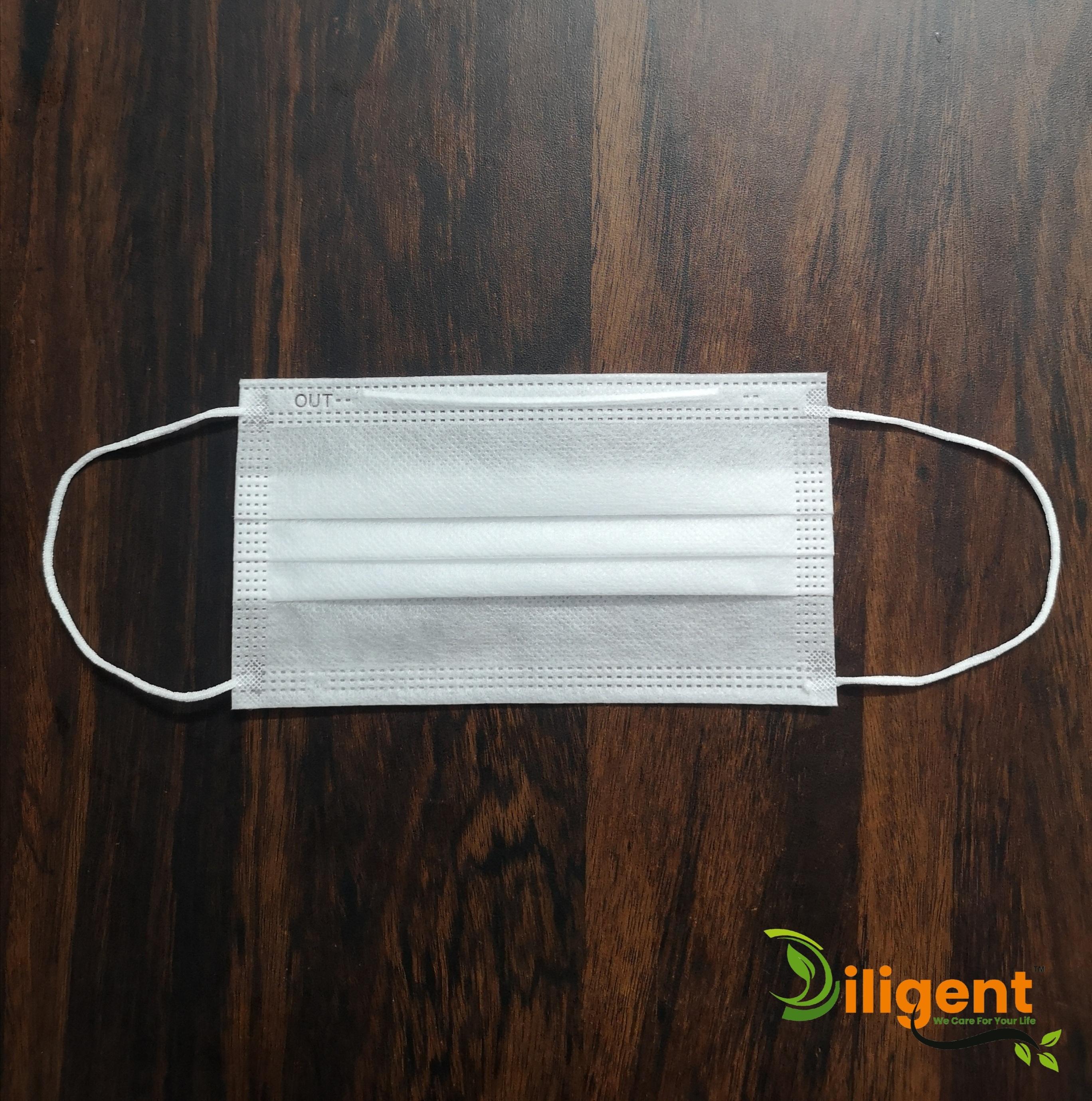 White 3 Ply Non Woven Surgical Face Mask