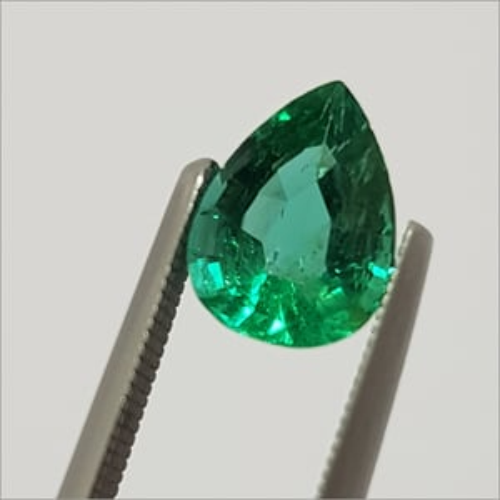 Emerald Best Cut Pear Stone