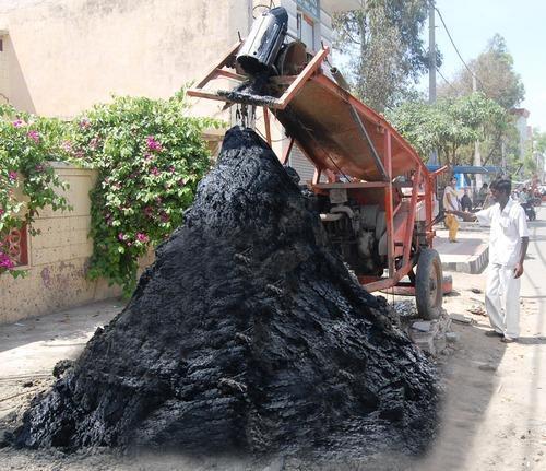 IOTA Bucket Type Sewer Cleaning Machine