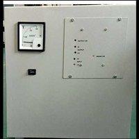 Refrigerator voltage stabilizer